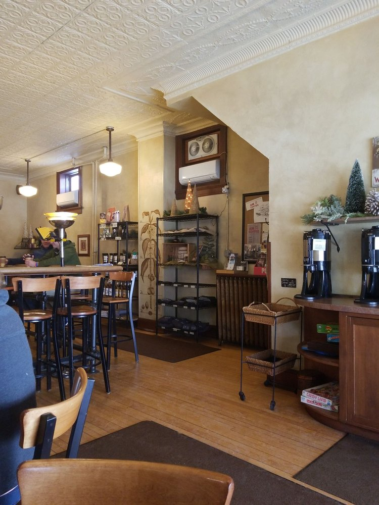 Cedarburg Coffee Roastery: W62 N603 Washington Ave, Cedarburg, WI
