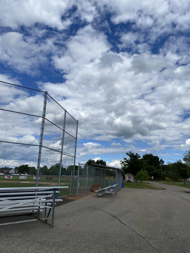 Brunsdale Park: 1702 27th Ave S, Fargo, ND
