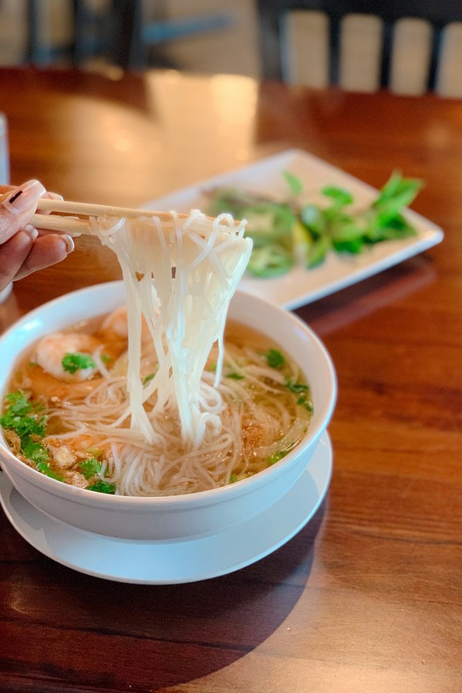 Pho Mai Asian Kitchen: 13025 US Hwy 301, Riverview, FL