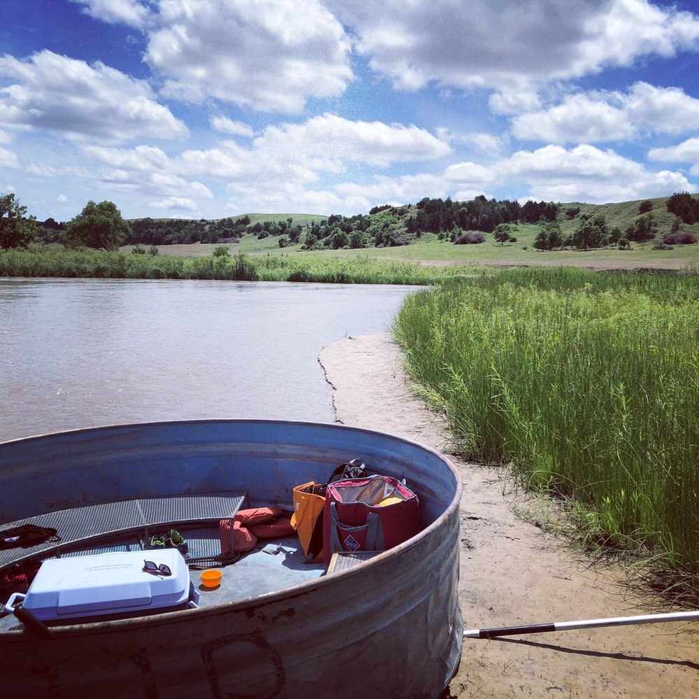 Glidden Canoe Rental: 507 SW 1st St, Mullen, NE