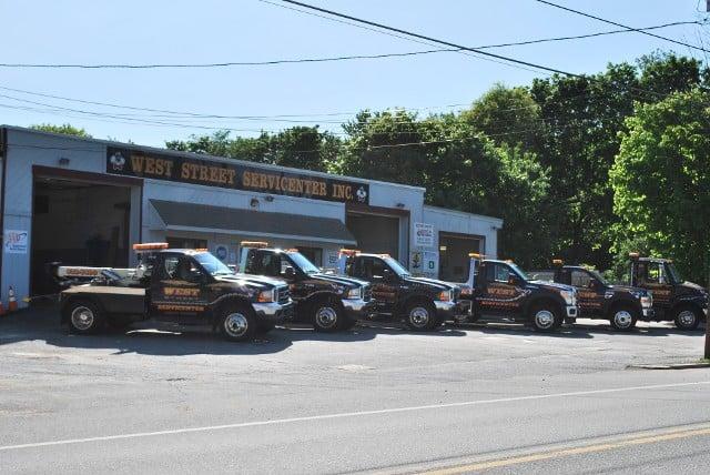 West Street Servicenter: 240 West St, Gardner, MA