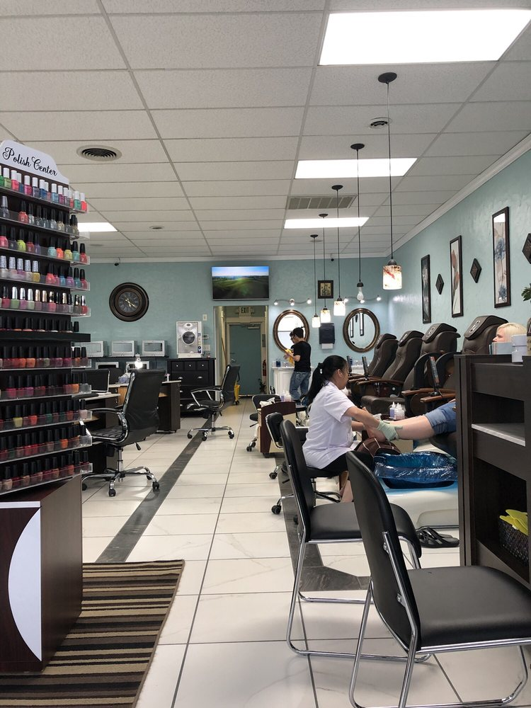 T T Spa & Nails: 1970 E Stop 13 Rd, Indianapolis, IN