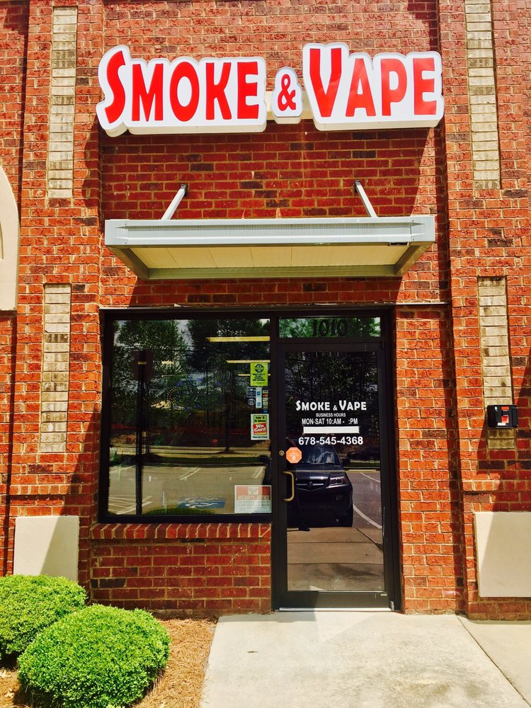 Smoke&Vape: 935 W Lanier Ave, Fayetteville, GA