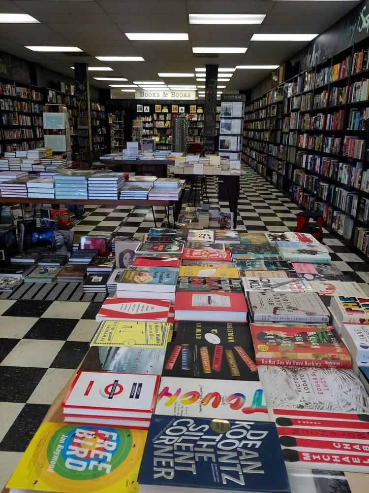 Books & Books: 11297 S Dixie Hwy, Pinecrest, FL
