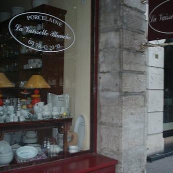 Vaisselle Blanche Lyon Table De Cuisine
