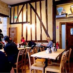 Le pain quotidien 31 photos 16 avis caf s 54 rue for Restaurant miroir rue des martyrs