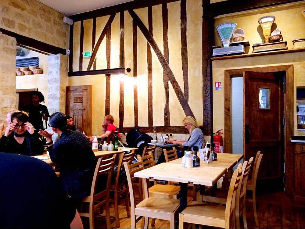 Le pain quotidien 27 foton 15 recensioner caf er for Le miroir rue des martyrs