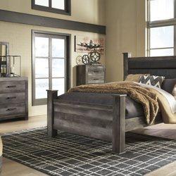 Ordinaire Photo Of Burneyu0027s Furniture   Monroe, LA, United States. Great Rustic  Bedroom Furniture