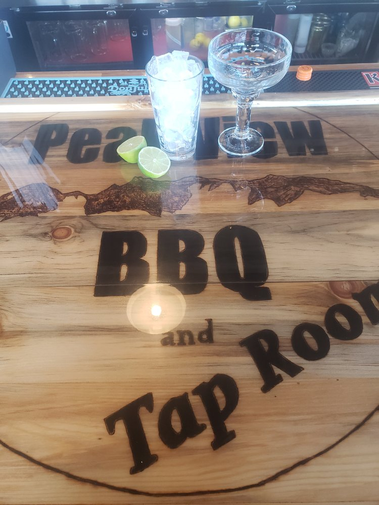 Peak View BBQ and Tap Room: 1139 US-24, Woodland Park, CO