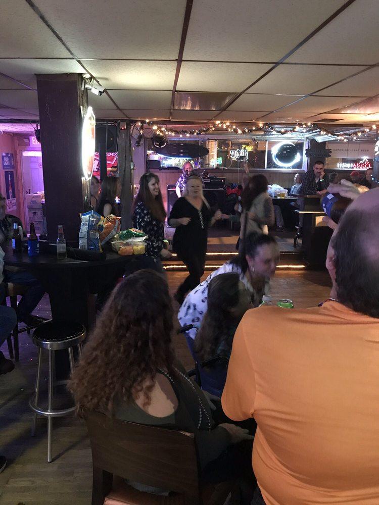 Copper Basin Lounge: 123 Grand Ave, Copperhill, TN