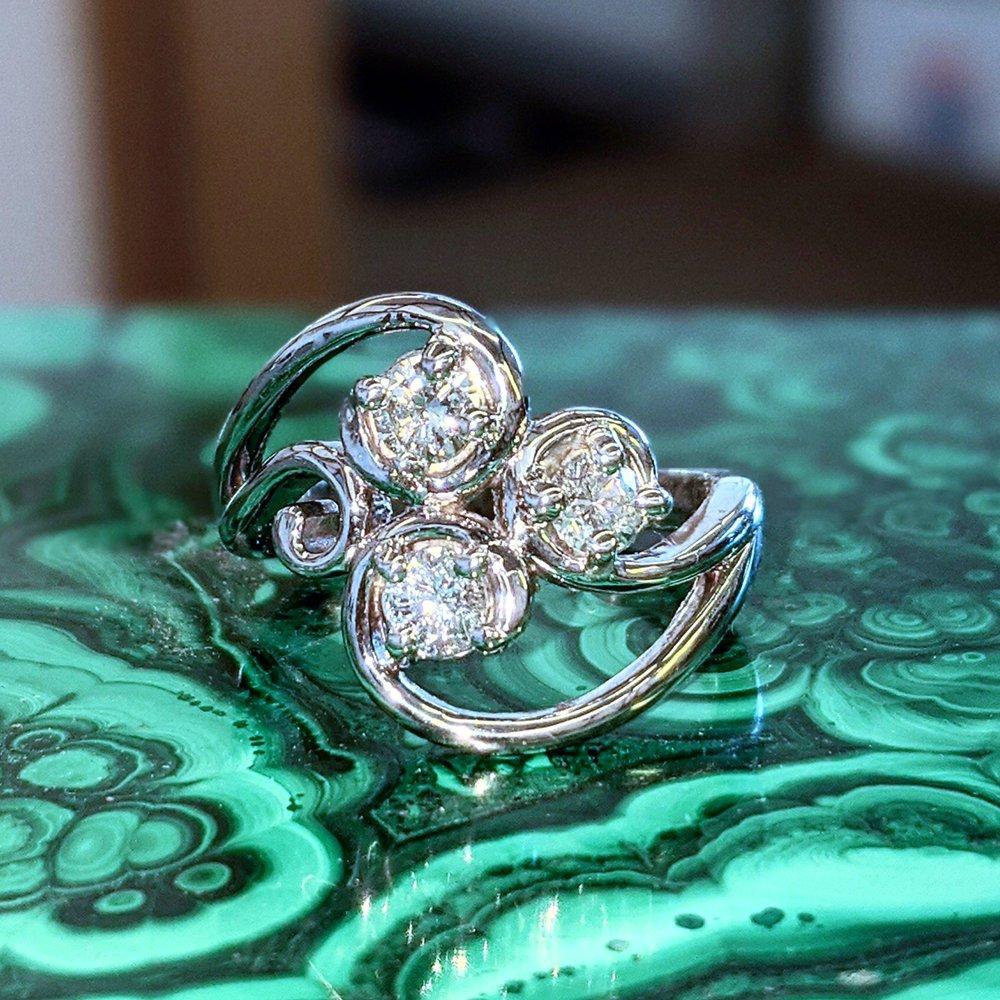 The Jeweler's Edge: 2440 Greensboro Rd, Martinsville, VA