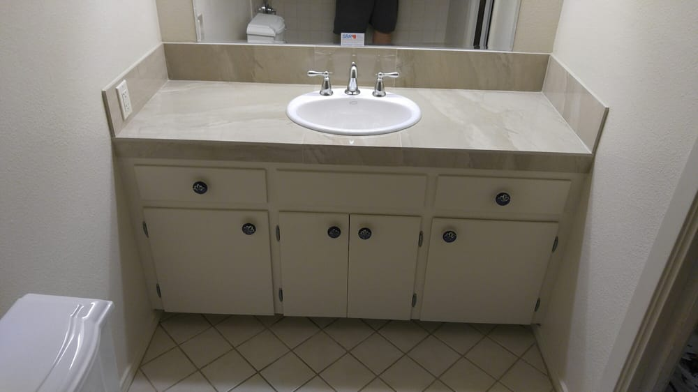Steve 39 s bathroom remodeling contractor we service for Bathroom remodel round rock tx