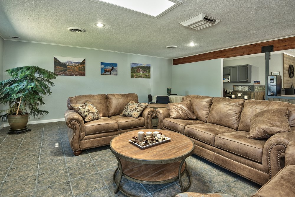 RV Ranch: 3238 I-70 Business Lp, Clifton, CO
