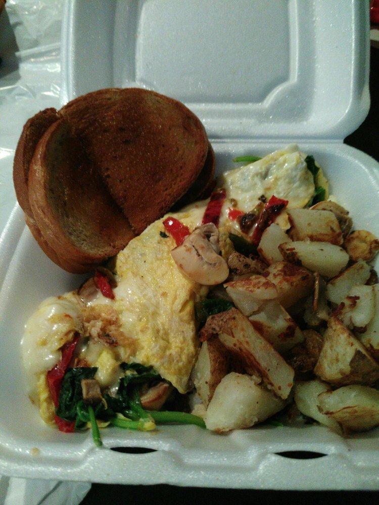 Rockys Deli Style Restaurant: 22 E Glenside Ave, Glenside, PA