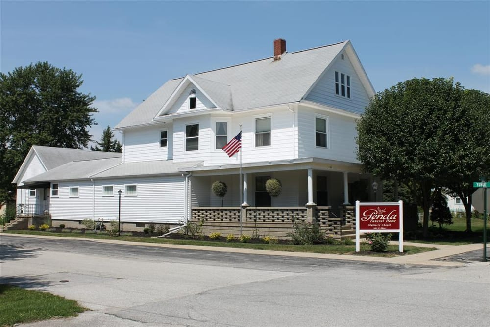 Genda Funeral Home-Mulberry Chapel: 204 N Glick, Mulberry, IN