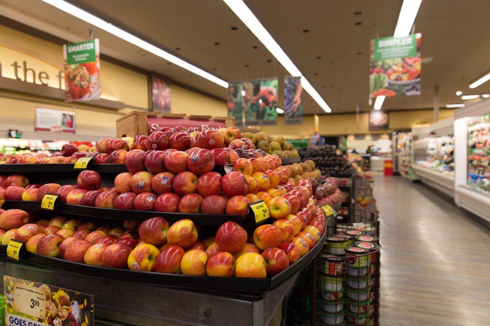 Safeway Food & Drug: 1535 N 1st St, Stayton, OR