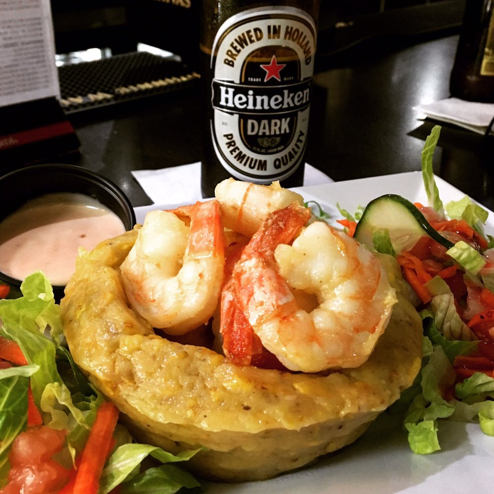 Bulls & Beer Restaurant: Calle Acosta, Caguas, PR