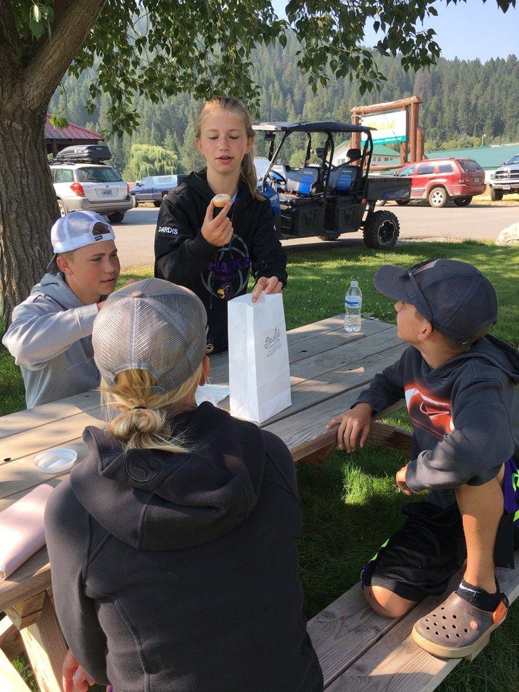 Delish Donuts & Coffee: 141 US Hwy 89, Alpine, WY