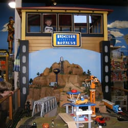 phillips toy mart   29 photos amp 29 reviews   toy stores   5207 harding