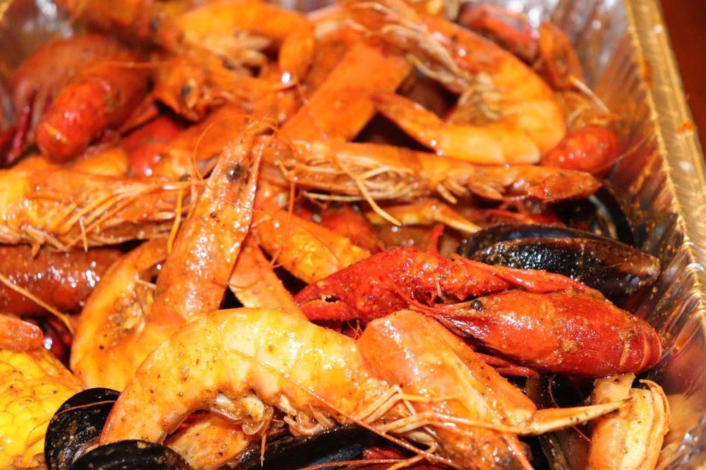 Twin Crab: 12802 Gulf Fwy, Houston, TX