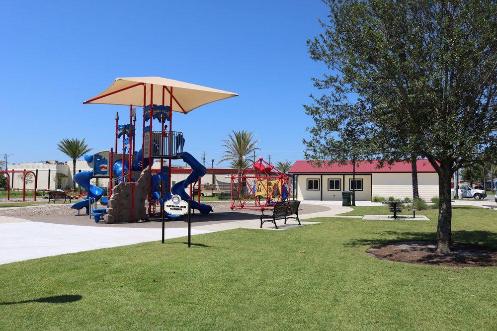 Sharon Sheffield Park: 901 Ohio Ave, Lynn Haven, FL