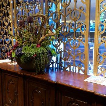 Anaheim majestic garden hotel 314 photos 278 reviews hotels 900 s disneyland dr anaheim for Anaheim majestic garden hotel yelp