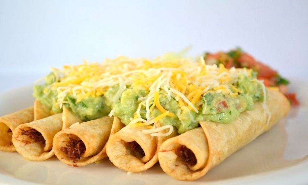 El Sabroso Mexican Grill & Seafood: 44799 S Lassen Ave, Avenal, CA