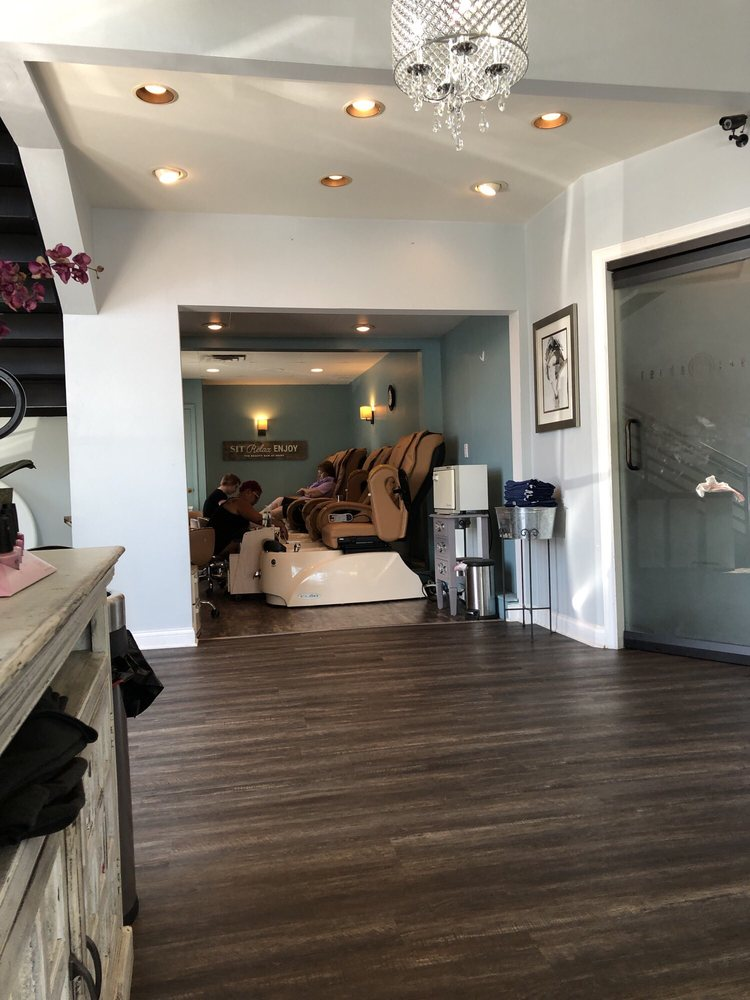 The Beauty Bar At Geist: 11691 Fall Creek Rd, Indianapolis, IN