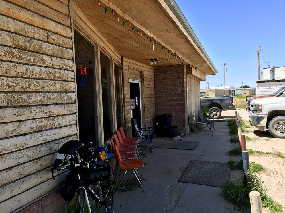 Split Rock Bar & Cafe: 2297 Hwy 789, Jeffrey City, WY
