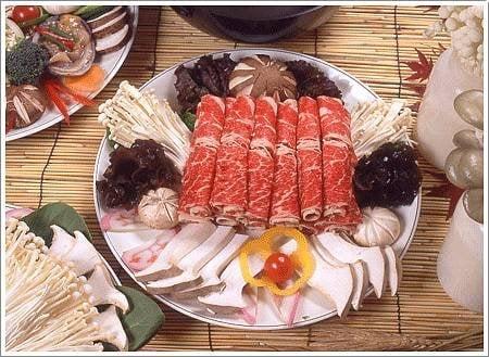 Akasaka japanese restaurant st ngt sushi 4737 n for Akasaka japanese cuisine
