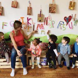 Williamsburg Treehouse Preschool Day Care 44 Photos Preschools