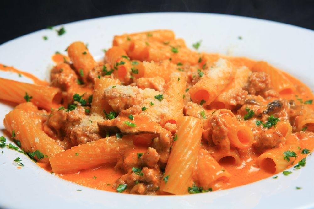 Tuscany Bistro Bar & Grill: 7416 118th Ave, Kenosha, WI
