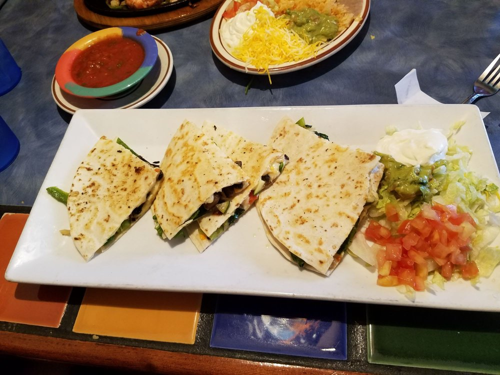 El Mirador Mexican Restaurant: 11370 Huron St, Northglenn, CO