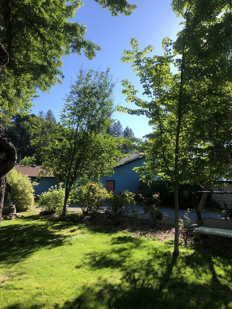 Bigfoot RV Park & Cabins: 63709 Crumpton, Happy Camp, CA