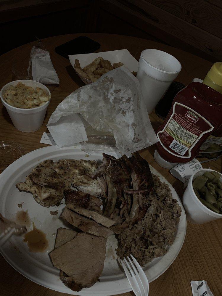 BBQ Barn: 10298 Atomic Rd, North Augusta, SC