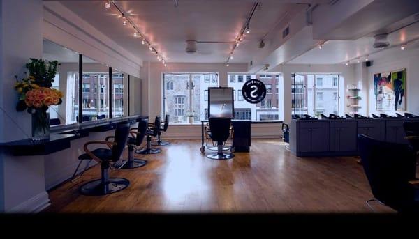 I soci salon cerrado 37 rese as salones de belleza for Acote salon newbury