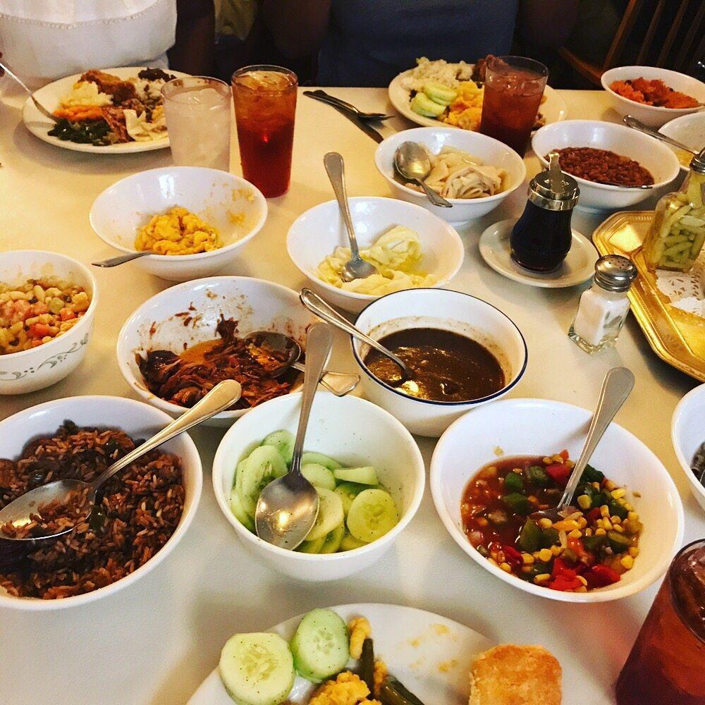 Mrs Wilkes Dining Room Savannah: Not Even Half Of The Food