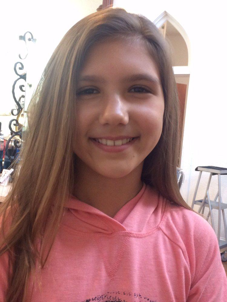 That look coiffeurs salons de coiffure 166 boston for Samantha oups au salon de coiffure