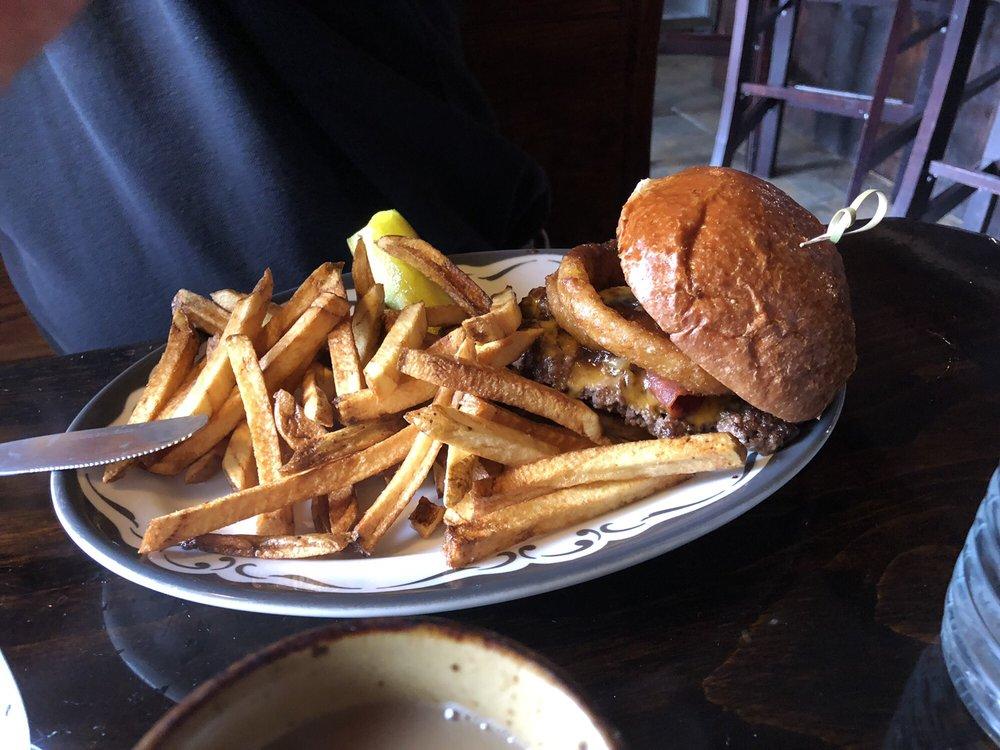 Fiddleheads Cafe: 533 Farmington Ave, Hartford, CT