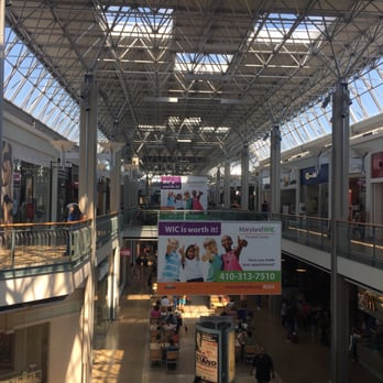 Welcome to Columbia Crossing Shopping Center. Here you will find some of the best Columbia has to offer for everyday shopping needs and services. Retail attractions include Nordstrom Rack, TJ Maxx, Dick's Sporting Goods, Target, Pier I Imports, Jos. A. Bank and more.