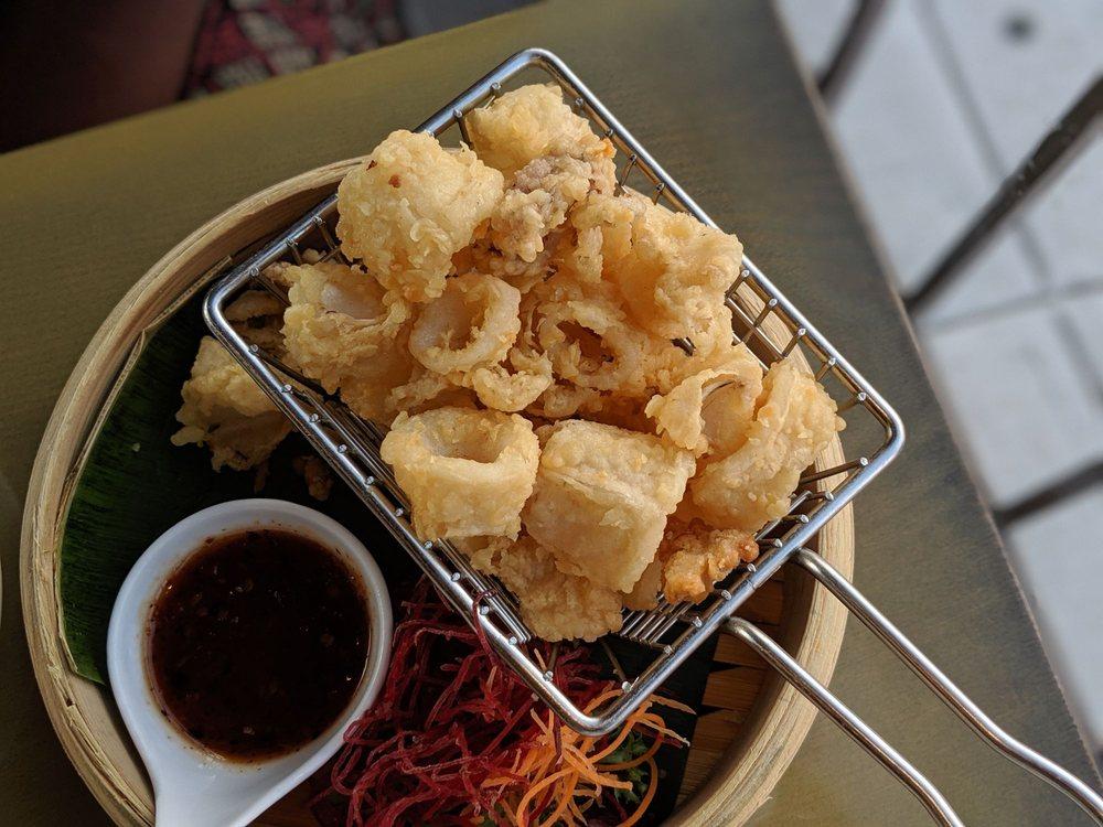 Tum Thai Cuisine: 274 Merrick Rd, Rockville Centre, NY