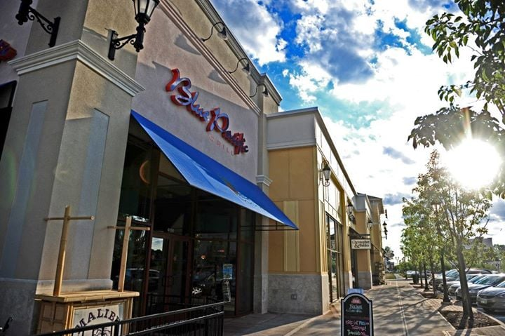 Blue pacific grill 54 fotos 38 beitr ge asiatische for Jewelry store levis commons perrysburg