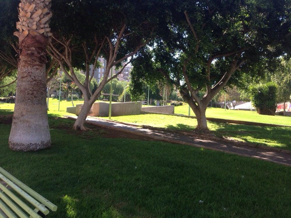 Parque las indias parks calle ribera santa cruz de - Parques infantiles en santa cruz de tenerife ...