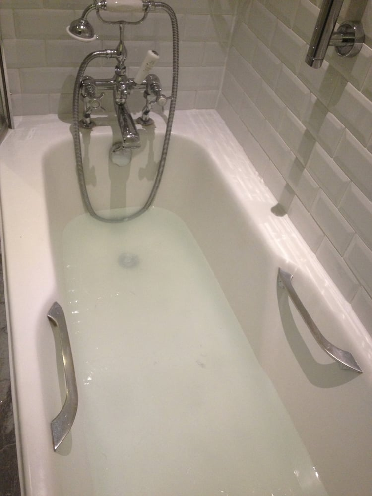 Photo Of The Waldorf Hilton   London, United Kingdom. Room 121   Bathtub Not