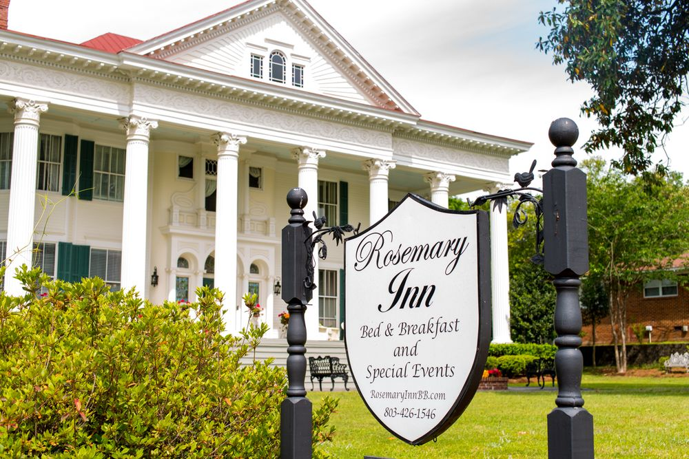Rosemary Inn Bed & Breakfast: 804 Carolina Ave, North Augusta, SC