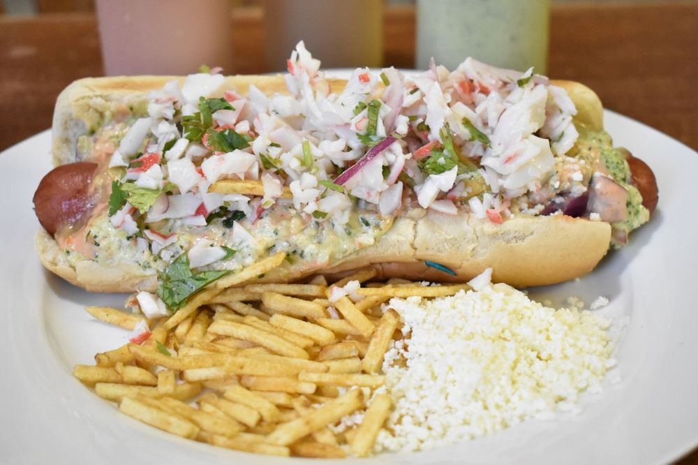 Andy's Paisa Hot Dog: 14955 SW 88th St, Miami, FL