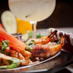 2 El Sabor Bar And Grill