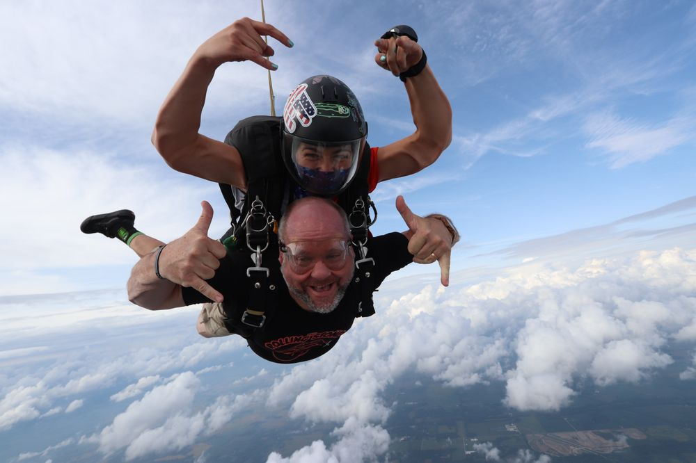 Skydive Indianapolis: 3009 W State Rd 28, Frankfort, IN