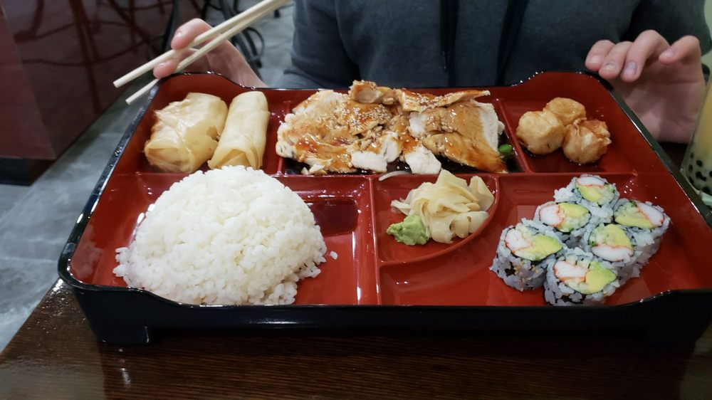 AKI Asian Restaurant: 422 Lackawanna Ave, Olyphant, PA