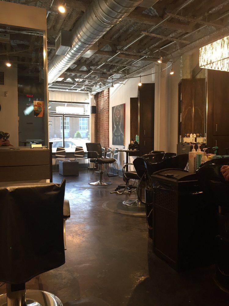 Shampoo Cut Color Studio